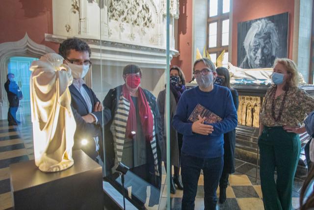 Bart Van Loo in the ducal palace in Dijon.
